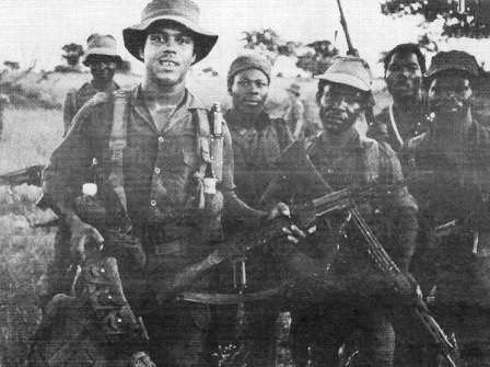 Cuban soldiers in Angola with local MPLA fighters